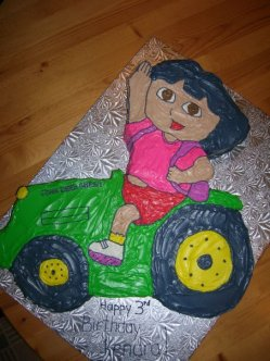 Dora Tractor