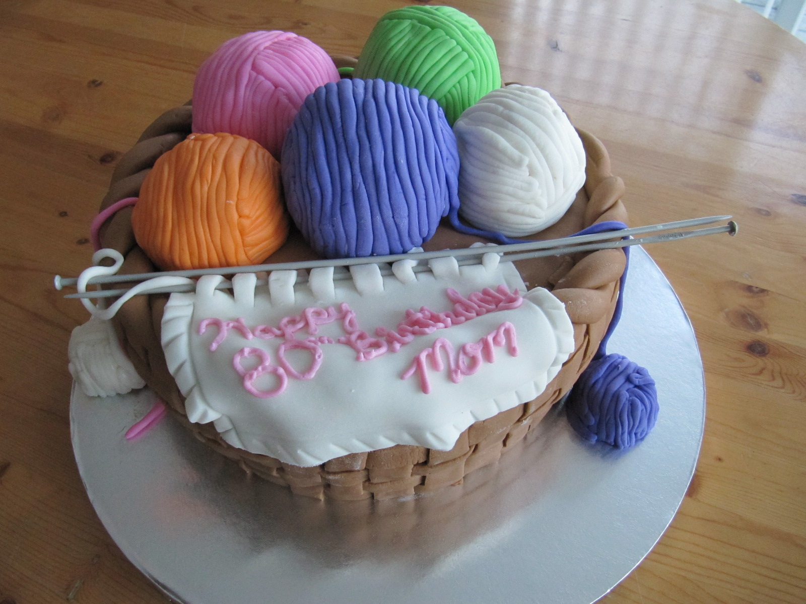 Knitting Cakes Images : Knitting basket cake u erica s edibles