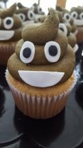 Poop Emogi Cupcake